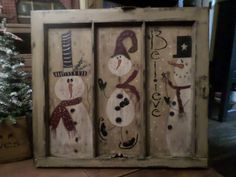 old window ideas for christmas Primitive Christmas, Christmas Signs, Christmas Snowman, Winter Christmas, Christmas Decorations, Snowman Crafts, Christmas Projects, Holiday Crafts, Christmas Ideas