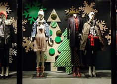 The world's fashion windows & displays online in real-time. Inspiration & trends for the world's top brands, creatives, & universities. #WindowsWear