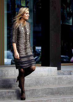 Fashion-Looks: Der Style von Königin Máxima Beauty And Fashion, Fashion Looks, Royal Fashion, Womens Fashion, Unique Dresses, Fall Dresses, Estilo Fashion, Ideias Fashion, Queen Of Netherlands