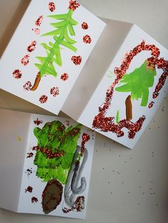 candice ashment art: Simple Kid Christmas Tree cards with paint, glitter and Mod Podge! - Winter Art Class