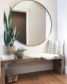 17 Amazing Entryway Bench Ideas For a Stylish and Organized Home New Built or Repurposed entryway bench with storage ideas and Projects to keep your cozy and organized in your mudroom, and increase storage capacity in doorway. bench with storage Bedroom Walls, Master Bedroom Interior, Bedroom Benches, Modern Bedroom, Decor Room, Home Decor Bedroom, Living Room Decor, Room Decorations, Bench In Living Room