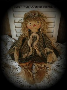 Photo by Karen Johnson Scarecrow Doll, Sewing Projects, Projects To Try, Primitive Pumpkin, Fall Sewing, Primitive Patterns, Raggedy Ann And Andy, Scarecrows, Hobbies And Crafts