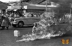 """As imagens mais vistas do mundo:""""O protesto do monge"""" – Malcolm Browne, 1963"""