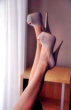 ~~ high high heels ~~