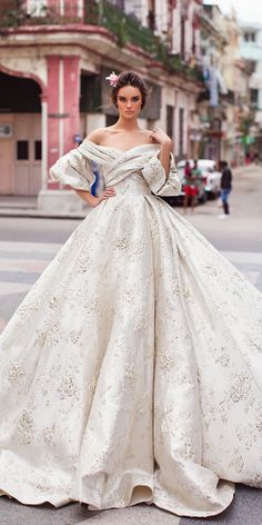 Wonderful Perfect Wedding Dress For The Bride Ideas. Ineffable Perfect Wedding Dress For The Bride Ideas. Lace Ball Gowns, Ball Dresses, Royal Ball Gowns, Dresses Dresses, Wedding Dresses 2018, Bridal Dresses, Gown Wedding, Wedding Bride, Modest Wedding