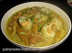 Empal gentong is a spicy curry-like beef soup originated from Cirebon,West Java.This soup is similar to gulai that usually cooked with firewood stove in gentong (Indonesian for: clay pot).The ingredients are parts of beef meat, intestine, tripes, lungs, etc.cooked in curry-like spices in coconut milk,kucai (Chlorella sorokiniana) and sambal in the form of chilli powder.Empal gentong originated from Battembat village,kecamatan Tengah Tani,Cirebon regency.