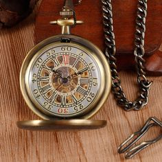 Antique Style Bronze Vintage Pendant Luxury Retro Mechanical Hand Wind Pocket Watch Roman Numbers Fob Chain Mens Womens Gift