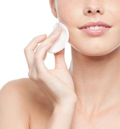BEAUTY TIPS - 'A New Year: A New Beauty Routine' (by Lisa Doherty): http://www.fashionstudiomagazine.com/2014/01/beauty-tips.html