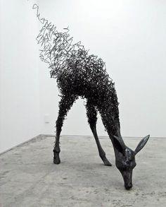 Tomohiro Inaba teje extrañas criaturas