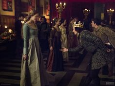Richard courts Lizzie in the finale of #TheWhiteQueen.
