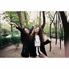 Jisoo & Jenny #BlackPink #Jisoo #Lisa #rose #jenny