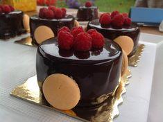 Malinovo-čokoládové pěnové dortíky Mini Desserts, Cheesecake, Pudding, Cupcakes, Yummy Yummy, Pizza, Blog, Cheese Cakes, Custard Pudding