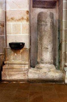 Eine düstere Legende schwebt über der Blutsäule der Kirche St. Gereon. (Foto: Britta Schmitz)