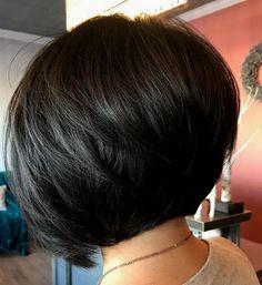 Short-Inverted-Brunette-Bob-Cut Latest Short Bob Haircuts for Women Inverted Bob Hairstyles, Hairstyles Haircuts, Cool Hairstyles, Creative Hairstyles, Black Hairstyles, Layered Hairstyles, Medium Hairstyles, Bob Hairstyles Brunette, Hairdos