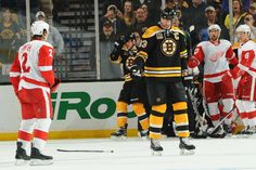 Red Wings Smith wanted to throw down with Chara. As you can see by Chara's face he finds this situation laughable. It's never good when Chara smiles at you when fighting.