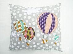 Tutorial: Hot air balloon applique pillow