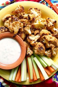 Looking for an equally delicious, yet healthier, alternative to buffalo wings to serve up at your neighborhood party? Check out these oven-roasted Buffalo Cauliflower Bites and Bounty Paper Towels for this delicious finger food recipe.