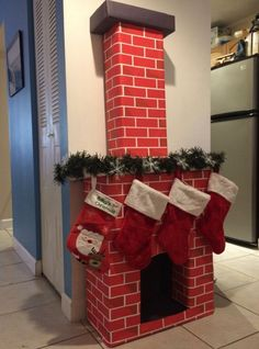 Creative Christmas Wrapping Ideas for Kids ~ anaksehat.site Creative Christmas Wrapping Ideas for Kids ~ anaksehat. Grinch Christmas, Christmas Design, Simple Christmas, Christmas Home, Vintage Christmas, Christmas Holidays, Diy Christmas Fireplace, Christmas Mantels, Fireplace Ideas