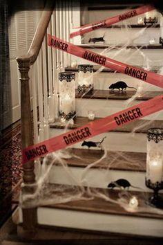 Esta es una gran idea si tienes niños pequeños en tu fiesta y no quieres que suban las escaleras