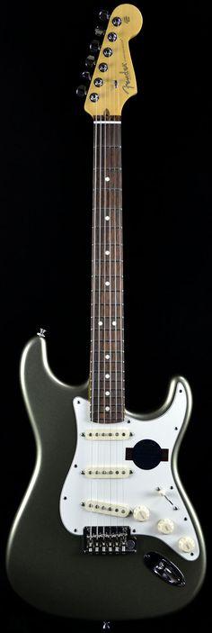 Wild West Guitars : Fender American Standard Stratocaster in Jade Pearl Metallic
