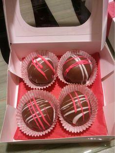 Valentines Day cake balls!