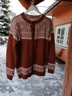 Blåfjell herrekofte Cover Up, Men Sweater, Sweaters, Dresses, Fashion, Vestidos, Moda, Fashion Styles, Men's Knits