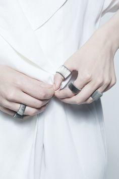Silver Elastic Rings - chic minimal jewellery // Agata Bielen