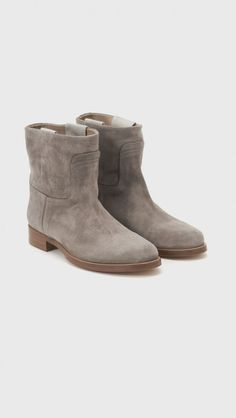 Rag & Bone Holly Ankle Boots in Stone Suede | The Dreslyn