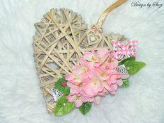 Prútené kvetinové srdiečko Be My Valentine, Wicker Baskets, Flowers, Design, Home Decor, Decoration Home, Room Decor, Royal Icing Flowers
