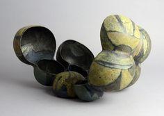 Beate Kuhn. http://www.freeformsusa.com/ceramics/german/_DSC0146.jpg