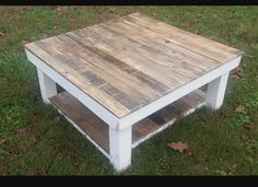 White Shabby Farmhouse Reclaimed Wood Coffee Table with Shelf - Square Coffee Table - Barnwood Table - Rustic Table - Upcycled Pallet Wood Coffee Table With Shelf, Reclaimed Wood Coffee Table, Reclaimed Wood Projects, Rustic Coffee Tables, Diy Coffee Table, Rustic Table, Farmhouse Table, Wood Table, Pallet Projects