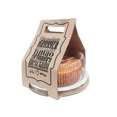 Surprise flying is the function of enclosing something in some sort of resource. Cake Boxes Packaging, Baking Packaging, Bread Packaging, Dessert Packaging, Food Packaging Design, Packaging Design Inspiration, Bakery Design, Food Design, Cupcakes