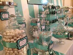 Breakfast at tiffanys sweet 16 candy buffet 40 Trendy Ideas Buffet Dessert, Candy Buffet Tables, Candy Table, Dessert Bars, Dessert Tables, Tiffany Blue Party, Tiffany Theme, Tiffany Wedding, Tiffany Baby Showers
