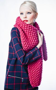 Cucho Scarf Kit - Buy Wool, Needles & Yarn Scarves - Buy Wool, Needles & Yarn Knitting kits | WE ARE KNITTERS