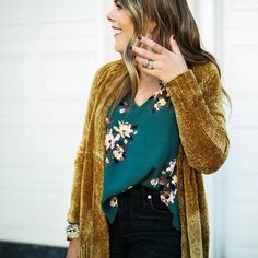 Fall Outfit Idea / Must Have Sweaters for fall