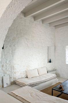 white washed house on Nisyros, Greek Islands Greek House, Interior Minimalista, Interior Decorating, Interior Design, Cafe Restaurant, Greek Islands, Interior And Exterior, Sweet Home, House Design