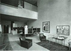Interior of Le Corbusier's Pavilion de l'Esprit Nouveau