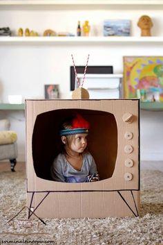 kartondan oyuncak televizyon yapımı | Evimin Altın Topu