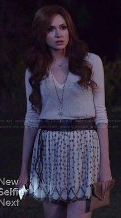 Eliza's white beaded skirt and v-neck sweater on Selfie.  Outfit Details: http://wornontv.net/39774/ #Selfie