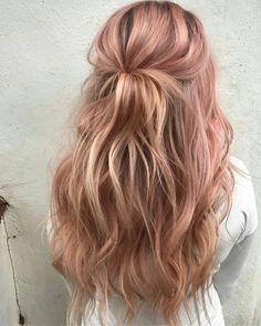 Gold Hair Colors, Hair Color Pink, Cool Hair Color, Pastel Pink Hair, Pale Pink, Pastel Ombre, Dusty Pink Hair, Hot Pink, Light Pink Hair