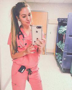 Medical Careers, Medical Assistant, Medical Uniforms, Medical Humor, Medical Students, Medical School, Nursing Students, Fashion Mode, Fashion Week