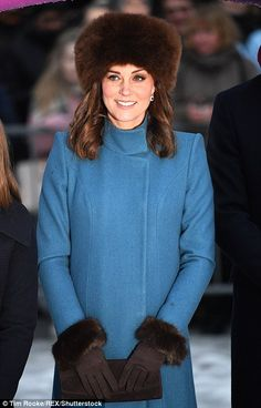 The Duchess of Cambridge chanelled her inner Greek goddess this evening as she stepped out for a glittering gala dinner at the royal palace in Norway. Kate Middleton Prince William, Prince William And Catherine, William Kate, Duke And Duchess, Duchess Of Cambridge, Kate Middleton Outfits, Grecian Goddess, British Royal Families, Princess Kate