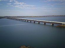 Ponte Rodoferroviária sobre o Rio Paraná