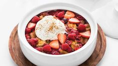Oh Canada Red Berry Cobbler Desserts Menu, Healthy Dessert Recipes, Easy Desserts, Delicious Desserts, Epicure Recipes, Cooking Recipes, Berry Cobbler, Healthy Comfort Food, The Breakfast Club