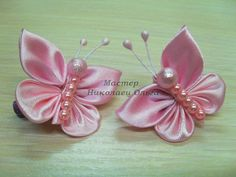 - Creativity Is A Best Friend / Embroidery Desing Ideas Ribbonflowerbasket - Diy Crafts Ribbon Art, Diy Ribbon, Fabric Ribbon, Ribbon Crafts, Flower Crafts, Ribbon Bows, Ribbons, Diy Crafts, Fabric Butterfly