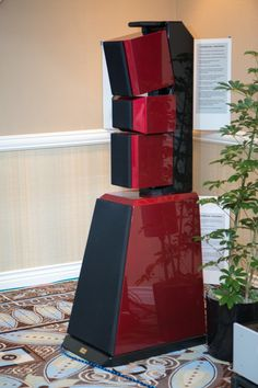 Las Vegas 2013: Quintessence Acoustics and the Stealth | Confessions of a Part-Time Audiophile