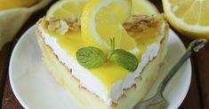Recette de Gâteau magique façon tarte au citron meringuée. Facile et rapide à réaliser, goûteuse et diététique. Ingrédients, préparation et recettes associées.