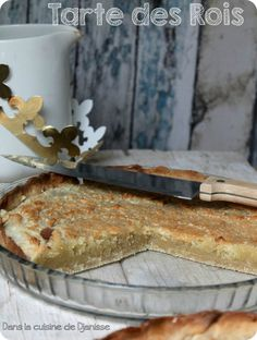 Tarte des Rois à la frangipane http://cuisinevegetalienne.fr/2015/01/05/tarte-des-rois-frangipane-vegan/