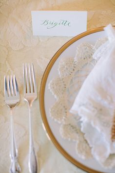 lace doily place setting, photo by Jennifer Trahan, styling by Little Vintage Rentals http://ruffledblog.com/brigitte-bardot-inspired-bridal-brunch #weddingideas #doilies #placesetting