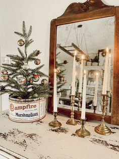 38 Festive Rustic Farmhouse Christmas Decor Ideas to Make Your Season Both Merry and Bright - The Trending House Christmas Makes, Noel Christmas, Winter Christmas, Vintage Christmas, Xmas, Christmas Ornaments, Christmas Villages, Vintage Santas, Christmas Vignette